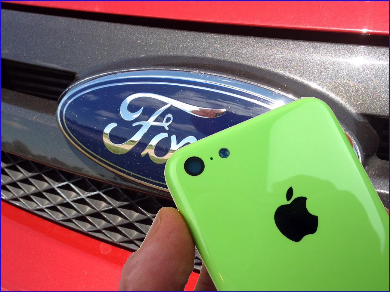 Apple планирует сотрудничество с Ford