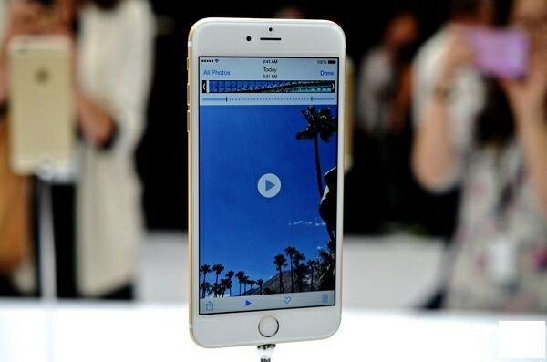 В США стартовали продажи «разлоченных» версий iPhone 6 и iPhone 6 Plus
