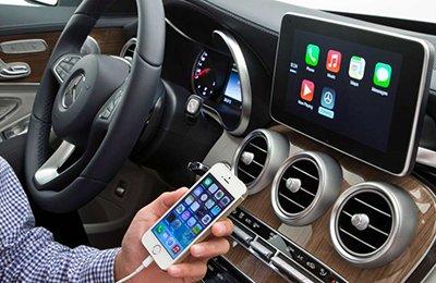 Для российских водителей стала доступна система CarPlay