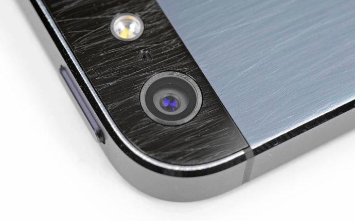 Экран айфона царапины