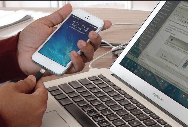 Компьютер и IPhone