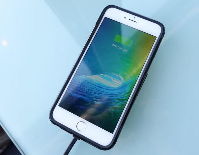 Подключение Айфона к зарядке