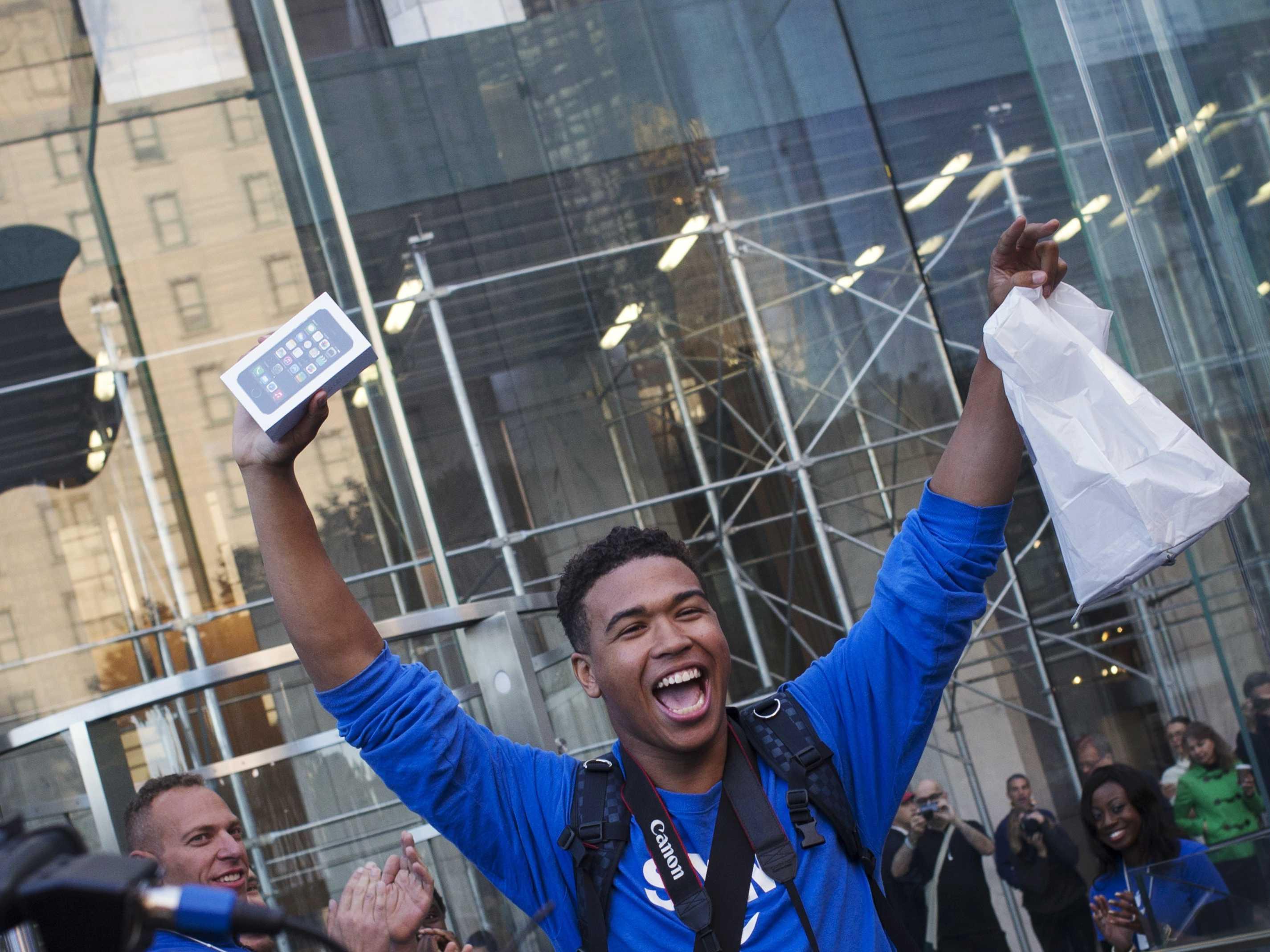 Продажи утройств Apple превысили 80 миллионов