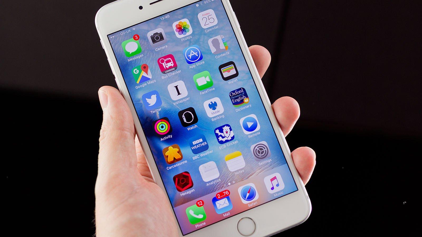 Почему многие любят и покупают айфоны?